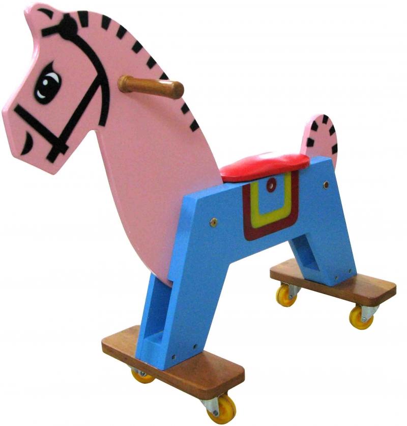Con ngựa có 4 bánh xe